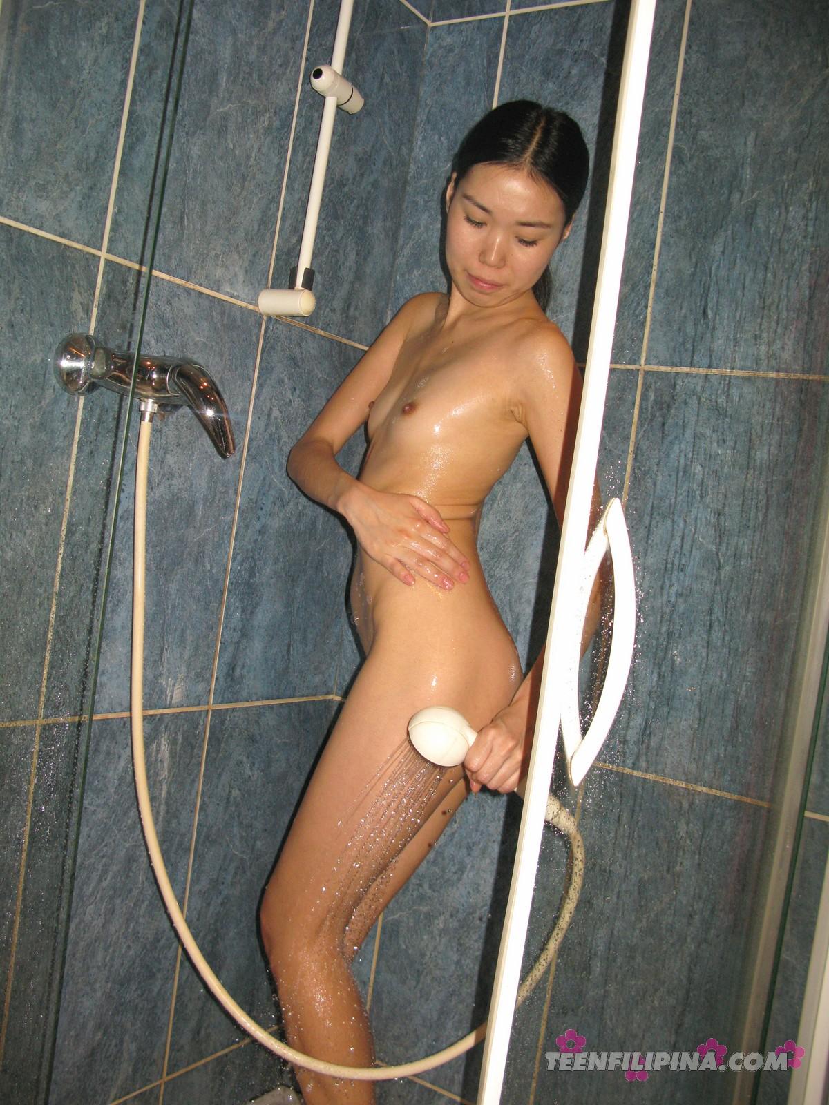 China girl shower show 9